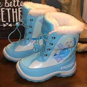 Frozen Winter Boots for Toddler girl Size 7 NEW